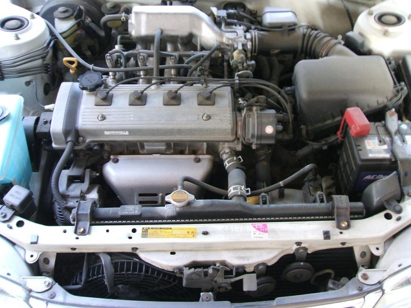 Toyota_5A-FE_engine_02