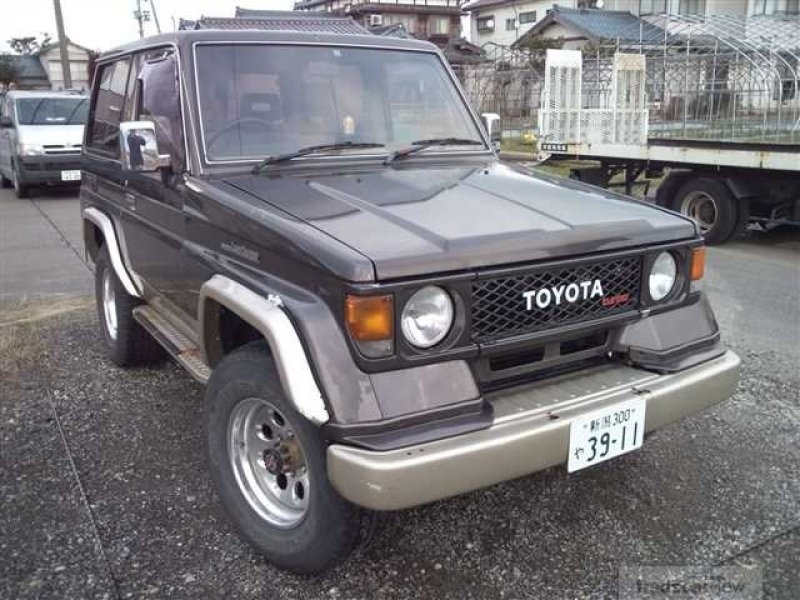 698_japanese_used_car_1